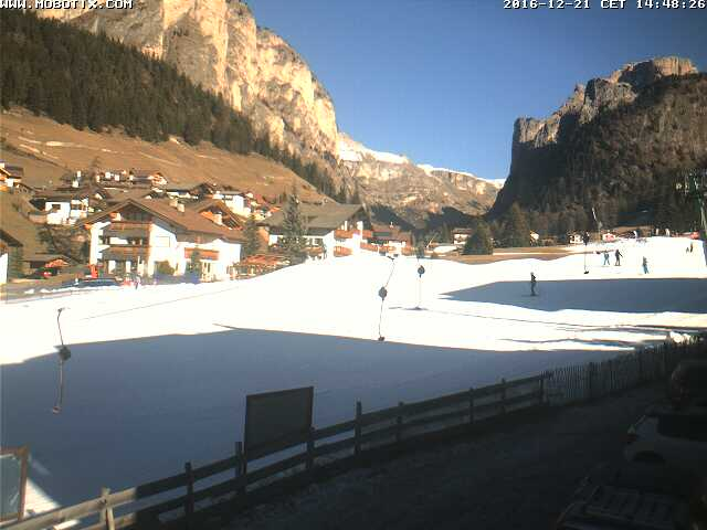 http://www.val-gardena.net/hartmann/webcam/mobotix/webcam.jpg