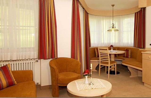 Hotel Garni Pra Palmer In St Ulrich Gr 246 Den