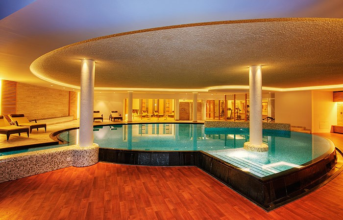 Alpenheim charming spa hotel in ortisei val gardena for Charming hotels of the world